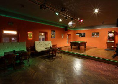 Bar se sálem U Knotků